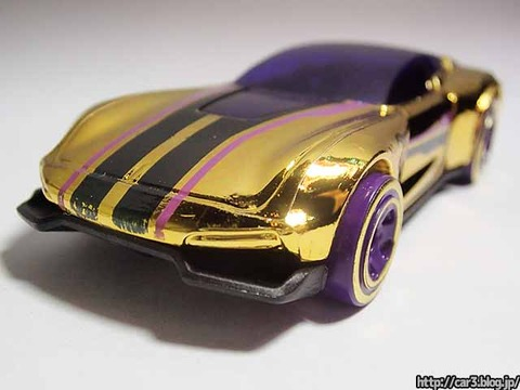 Hotwheels_GAZELLA_GT_Gold_010