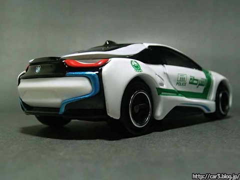 AEONイオン限定トミカ・BMW_i8ドバイ警察仕様_05
