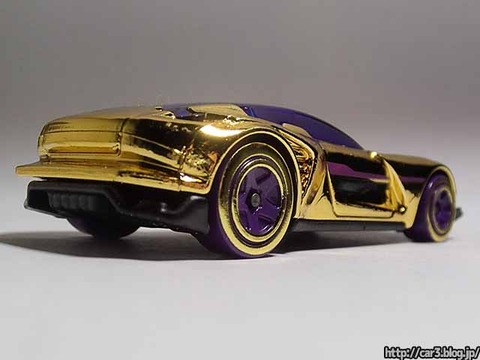 Hotwheels_GAZELLA_GT_Gold_005
