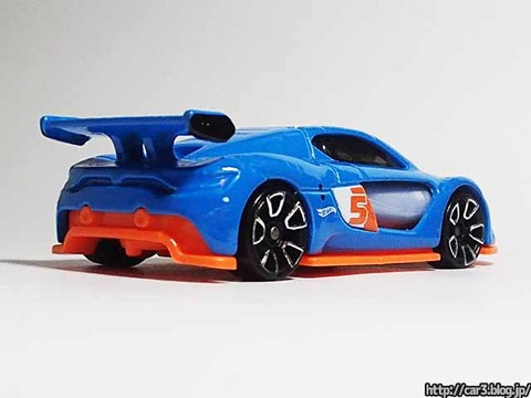 Hotwheels_RENAULT_SPORTS_RS_01_03