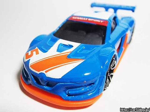 Hotwheels_RENAULT_SPORTS_RS_01_10