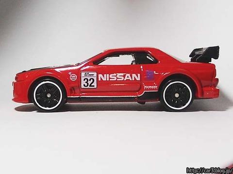 Hotwheels_NISSAN_SKYLINE_GT-R_R32_08