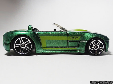 Hotwheels_FORD_SHELBY_COBRA_CONCEPT_05