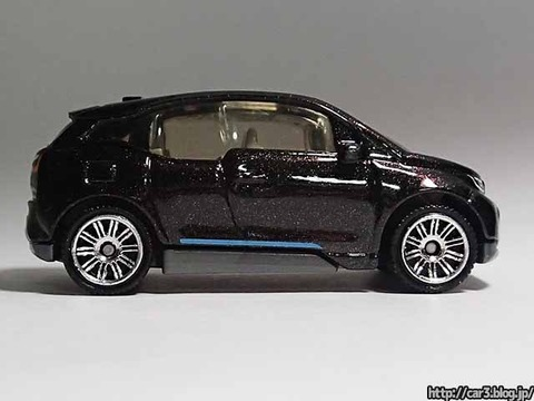 MATCHBOX_BMW_i3_08
