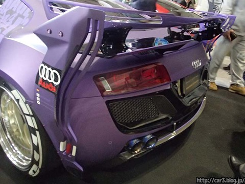 GARAGE_ILL_Audi_R8_04