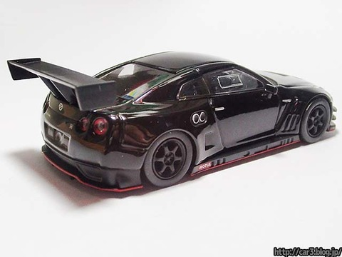 kyosho_NISSAN_GT-R_NISMO_GT3_06