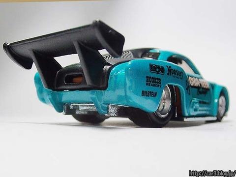 Hotwheels_Volkswagen_Karmann_Ghia_04