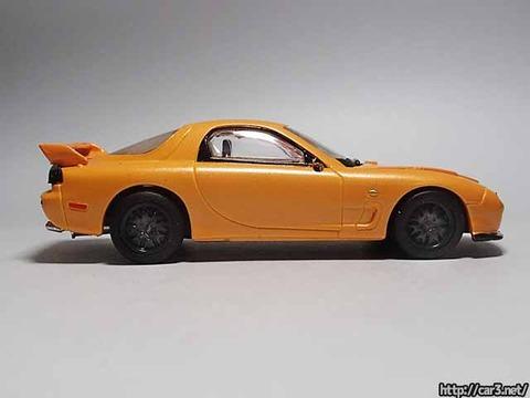 日本名車倶楽部7_RX-7FD3S_ロータリーエンジンの継承_F-toys_08