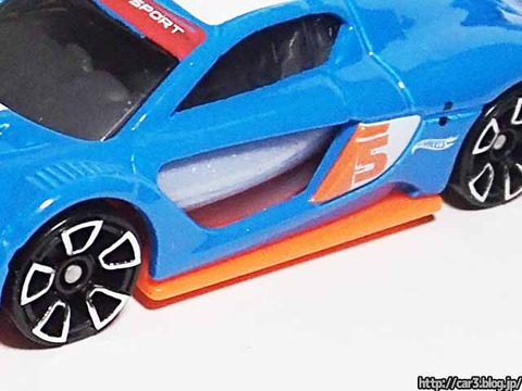 Hotwheels_RENAULT_SPORTS_RS_01_12