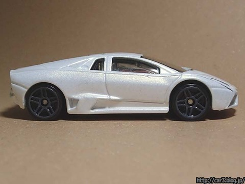 Hotwheels_Lamborghini_REVENTON_08