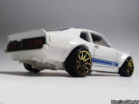 hotwheels_CUSTOM_FORD_MAVERICK_05