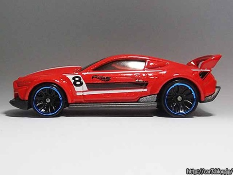 Hotwheels_CUSTOM_2015_FORD_MUSTANG_09