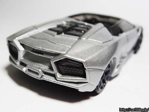 Hotwheels_Lamborghini_REVENTON_ROADSTER_11