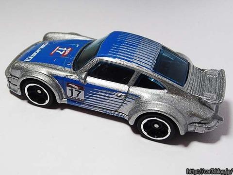 Hotwheels_Porsche934_TurboRSR_06
