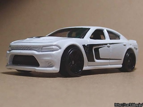 Hotwheels_2015_DODGE_CHARGER_SRT_04