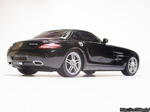 Mercedes-Benz_SLS_AMG_04