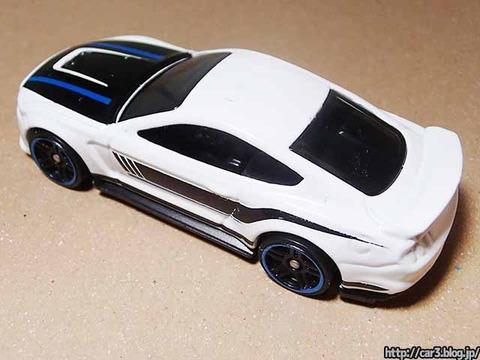 Hotwheels_Ford_shelby_GT350R_07