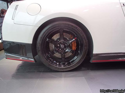 NISSAN_GT-R_NISMO_詳しく13