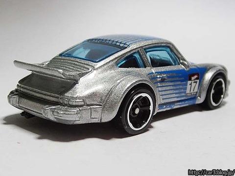 Hotwheels_Porsche934_TurboRSR_02