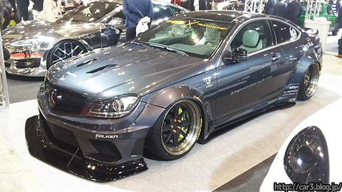 LB★WORKS_MERCEDES-BENZ_C63_coupe_01