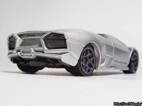 Hotwheels_Lamborghini_REVENTON_ROADSTER_05