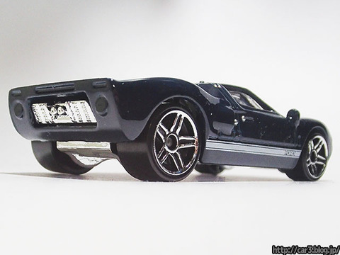 Hotwheels_FORD_GT40_04