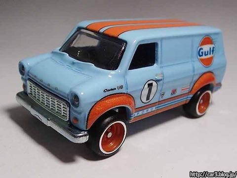 Hotwheels_Ford_TRANSIT_SUPER_VAN_Cargocarriers_02