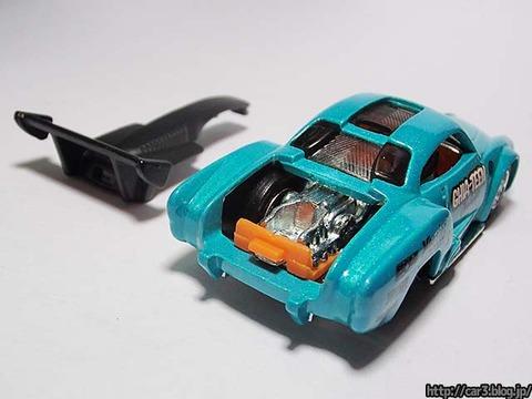 Hotwheels_Volkswagen_Karmann_Ghia_12
