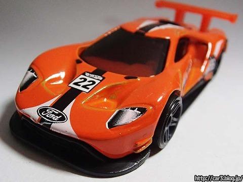 Hotwheels_2016_FordGT_RACE_orange_10