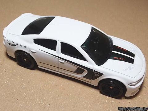 Hotwheels_2015_DODGE_CHARGER_SRT_06