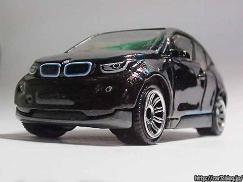 MATCHBOX_BMW_i3_04