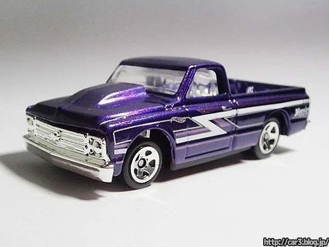 Hotwheels_1967Chevy_C10_02
