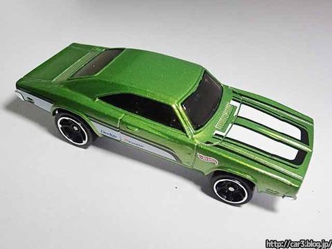 Hotwheels_1969_DODGE_CHARGER500_Green_06