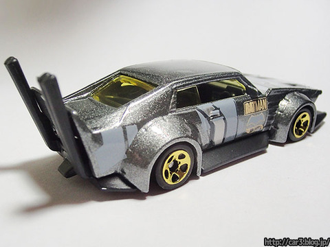 HotWheels_MAD_MANGA_MATMAN_version_02