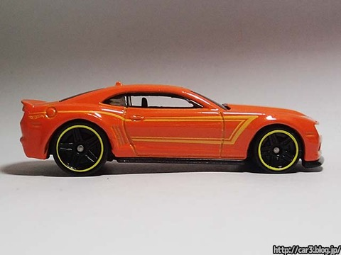 2013_Hotwheels_chevy_CAMARO_SPECIALEDITION_008