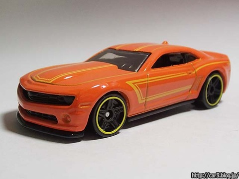 2013_Hotwheels_chevy_CAMARO_SPECIALEDITION_002