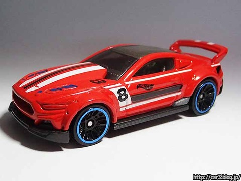Hotwheels_CUSTOM_2015_FORD_MUSTANG_02