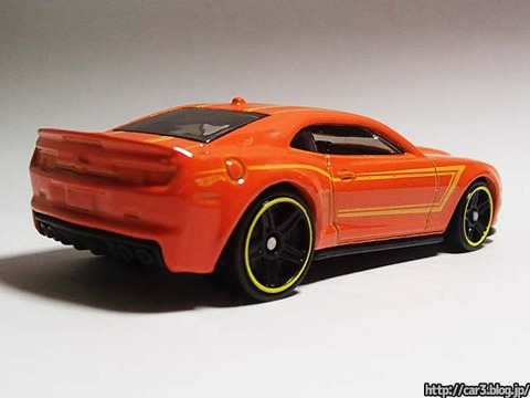 2013_Hotwheels_chevy_CAMARO_SPECIALEDITION_003