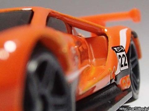 Hotwheels_2016_FordGT_RACE_orange_12