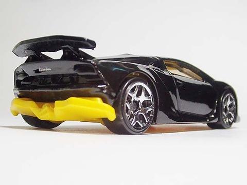 Hotwheels_Lamborghini_SESTO_ELEMENT_05