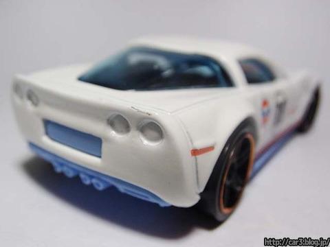 Hotwheels_2009_Corvette_ZR1_10