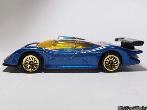 Hotwheels_Porsche_GT1_07