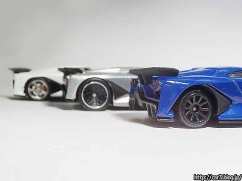 日産コンセプト2020ビジョングランツーリスモ・ミニカー比較06