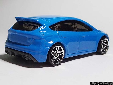 Hotwheels_2016FORD_FOCUS_RS_03