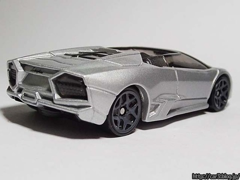 Hotwheels_Lamborghini_REVENTON_ROADSTER_03