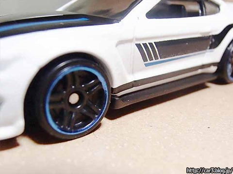 Hotwheels_Ford_shelby_GT350R_11