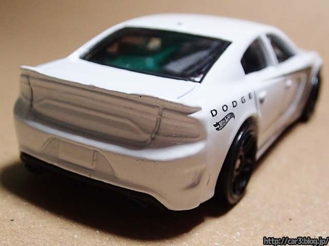 Hotwheels_2015_DODGE_CHARGER_SRT_11
