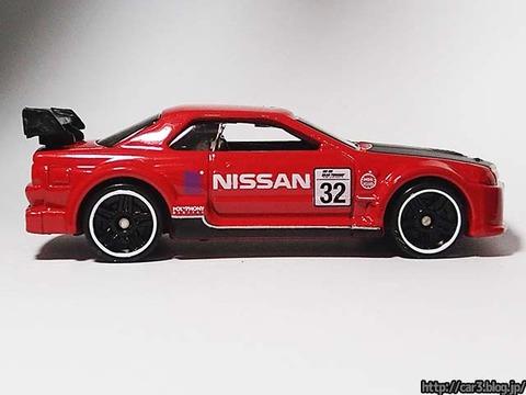 Hotwheels_NISSAN_SKYLINE_GT-R_R32_07