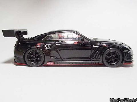 kyosho_NISSAN_GT-R_NISMO_GT3_07