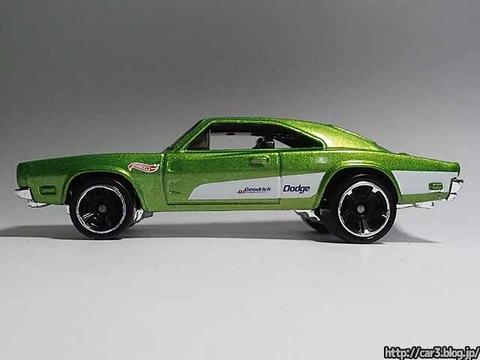 Hotwheels_1969_DODGE_CHARGER500_Green_09